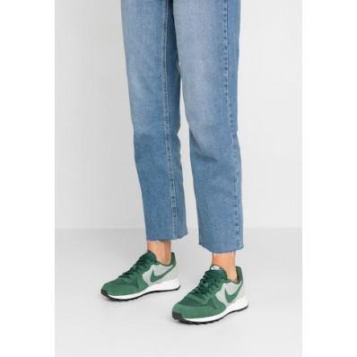 zapatillas nike mujer internationalist verde